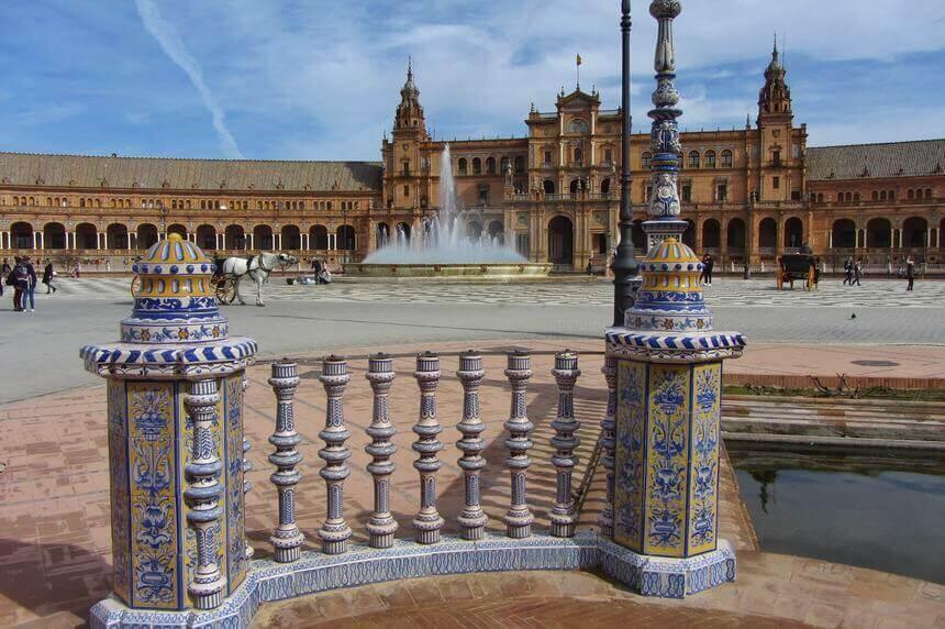 Spain Square 2