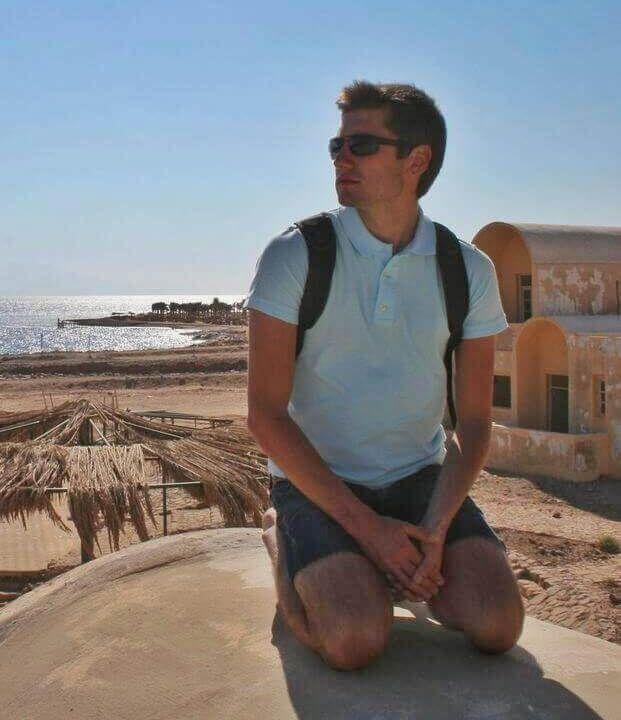 Me enjoying the sun of Arabia