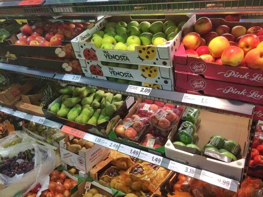 fresh fruit in Europe